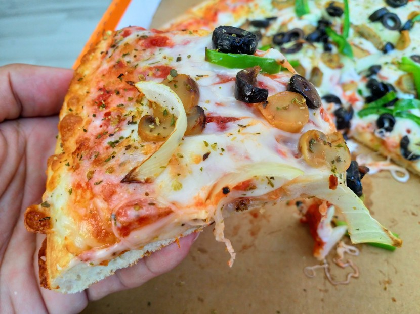 My Observations: Lunch At Little Caesars Pizza (Philippines)