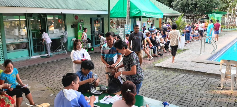 Hundreds Avail of Health Services in Tahanan Village