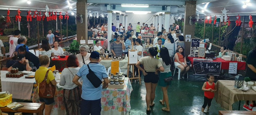 My Observations: BF HomeSarap Community Food Fair plus Bazaar was a Fun Experience