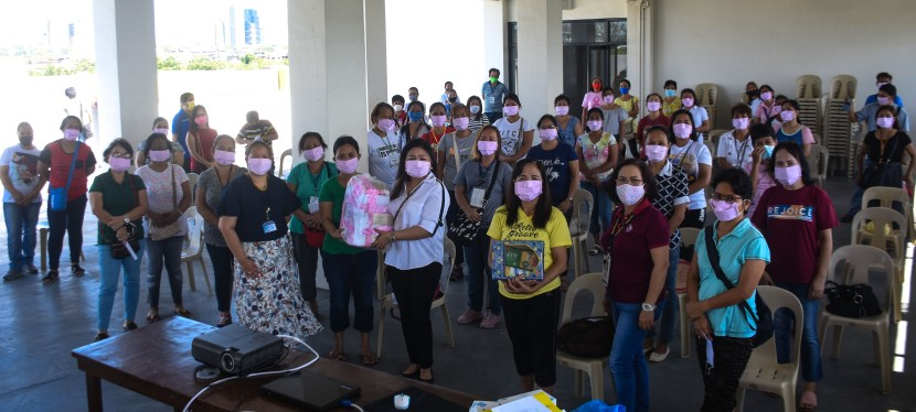 COVID-19 Crisis: 164 Displaced Seamstresses Hired By Muntinlupa City Government for Face Mask Production