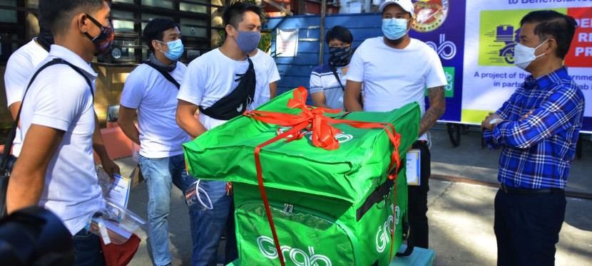 "Muntinlupa City Government and Grab all set to launch ""mass activation"" of delivery riders on December 1, qualified beneficiaries to receive stimulus package from LGU"
