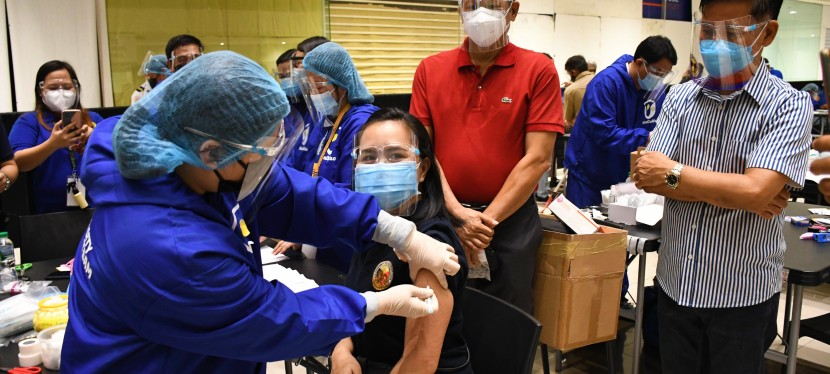 COVID-19 Crisis: Muntinlupa launches rollout of Pfizer-BioNTech vaccines, targets to max out supply by May18